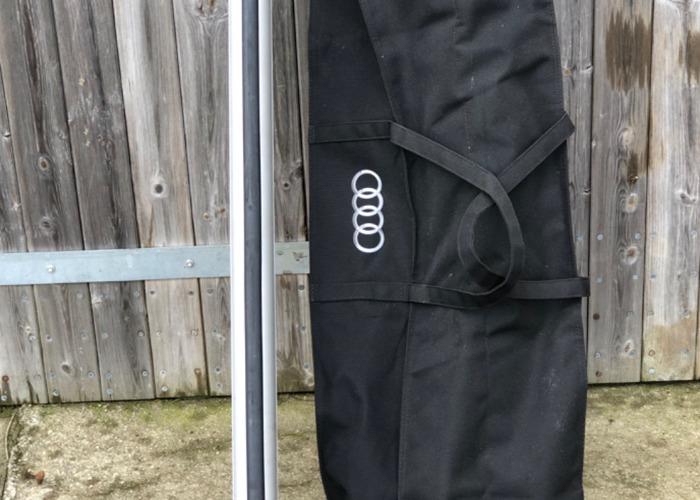 Genuine Audi Q7 roof box and roof rails  - 1