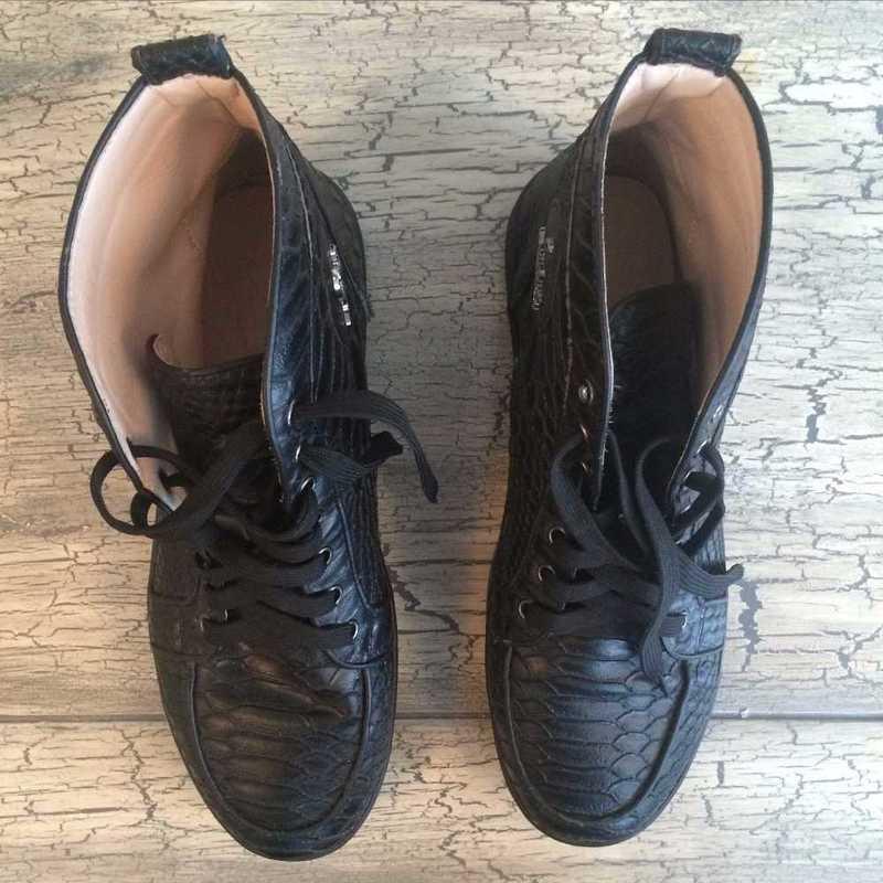 Nike Air Max 90 BLACK size 6 UK 39 EUR in SE16 London for