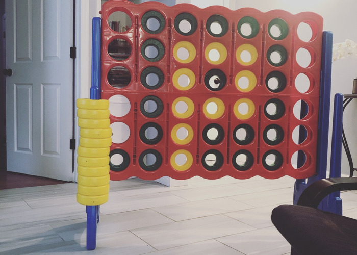 Giant connect 4 - 1