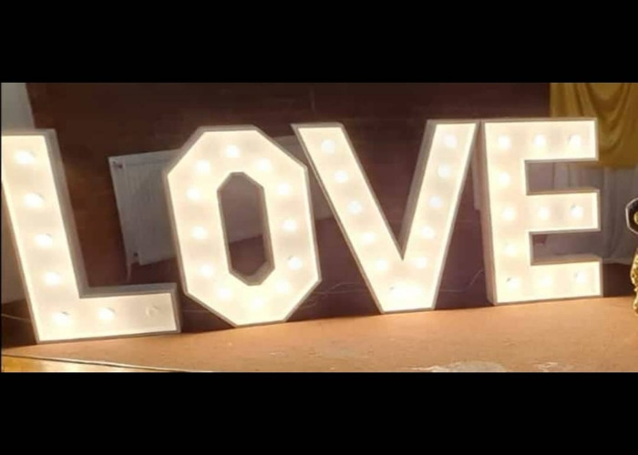 Giant light up LOVE letters  - 2