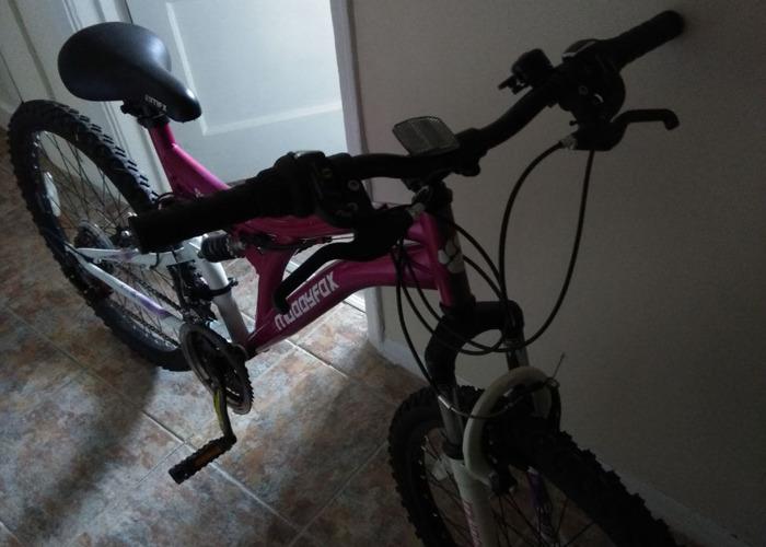 Girls mountain bike - 2