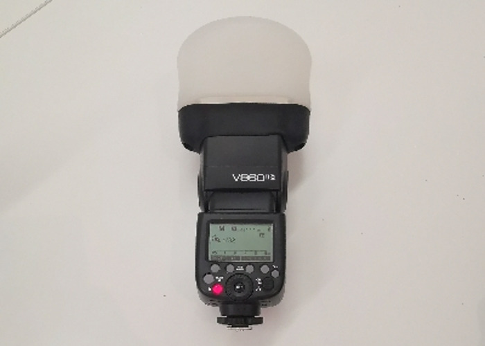 Godox V860II for Canon with magmod diffuser  - 1
