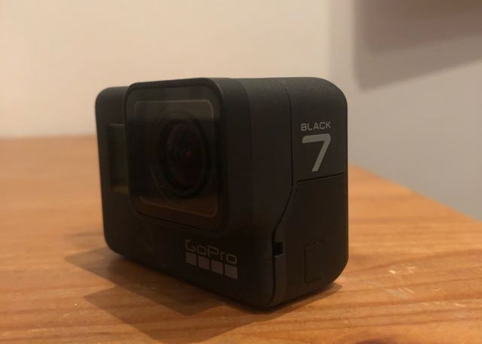 GoPro 7 BLACK with 3 TRIPODS - 2