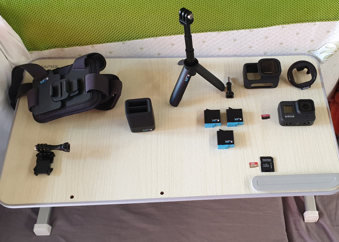 GoPro 8 Hero, SDcard 400Gb, and accessories - 2