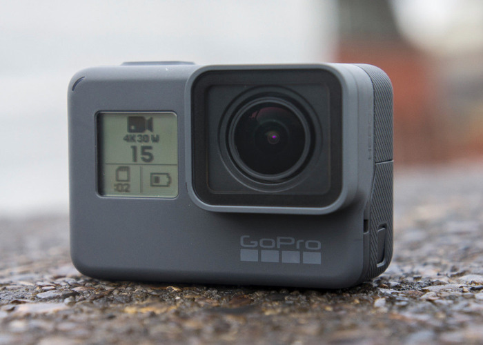 GoPro Hero 5 w/ additional battery and car mount - 1