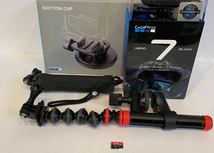 GoPro Hero 7 Black 4K & Mount Kit 128GB Card - 2