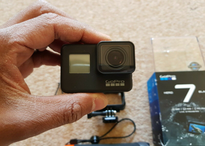 GoPro Hero 7, 2nd Battery, SD Card, Accessories - 1