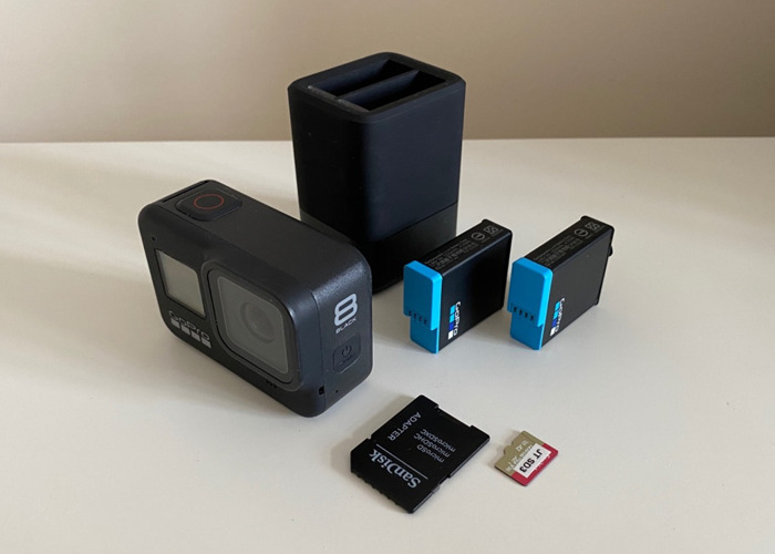 GoPro Hero 8 Black - Go Pro 8 + 2 Batt, Charger 128gb SD - 1