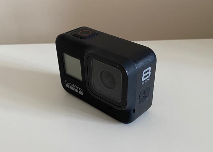 GoPro Hero 8 Black - Go Pro 8 + 2 Batt, Charger 128gb SD - 2