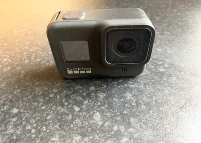 GoPro Hero 8 Black with 128gb card - 1
