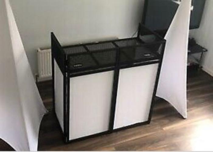 Gorilla DBS Lite DJ Booth - 1