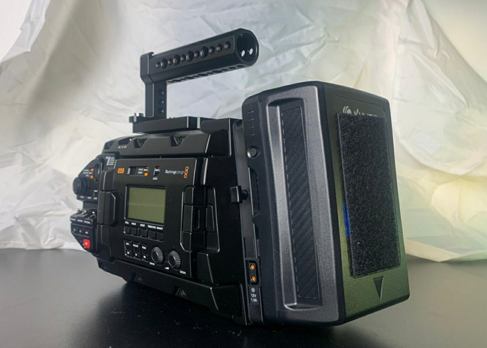 Grade A Blackmagic URSA Mini Pro G2 - EF - 1