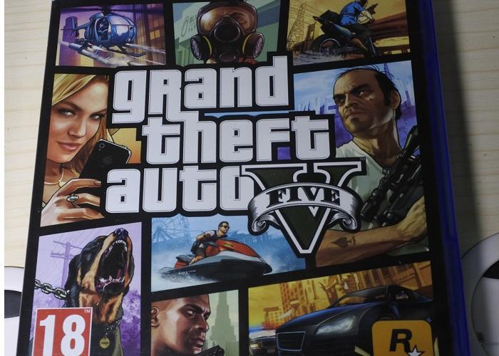 Grand Theft Auto V (PS4) - 1