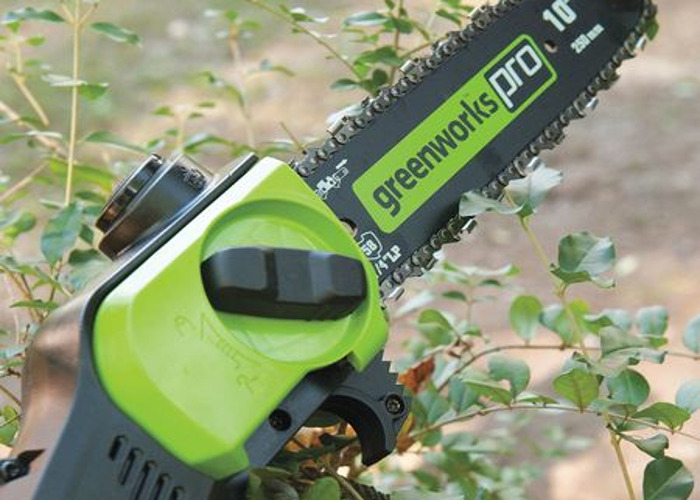 "GreenWorks 80v 10"" Pole Saw with battery/charger 8' reach - 1"