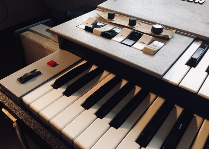 Groovy 60's organ - 2