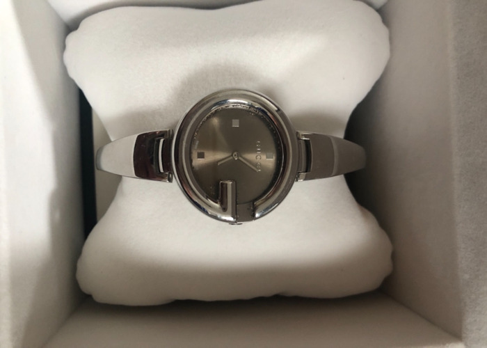 Gucci Ladies Bangle Watch - 2