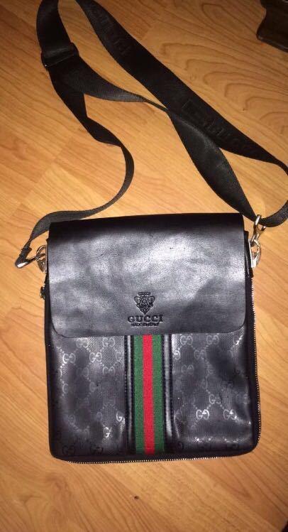 Gucci pouch  - 1