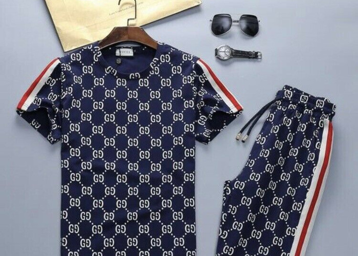 73932966 Buy Gucci Top T-Shirt and Shorts Tracksuit Set All Sizes | Fat Llama