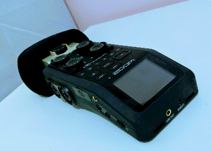 H6 Zoom Handheld Recorder - 2