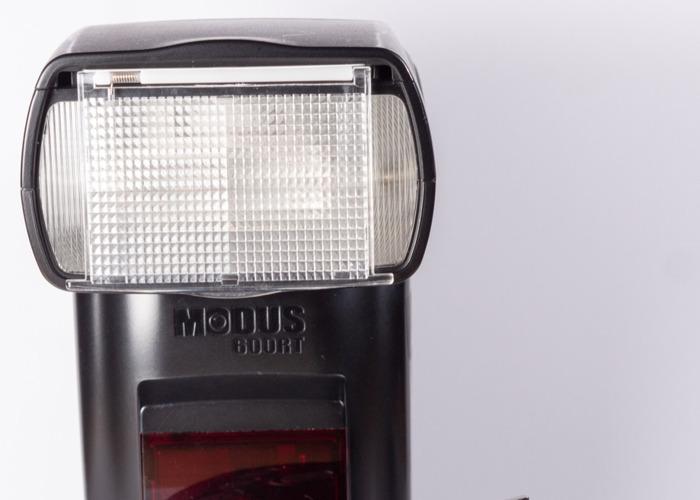 Hahnel Modus 600 Flash Canon Suitable - 1