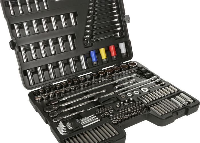 Halfords advanced 200 piece toolkit  - 2