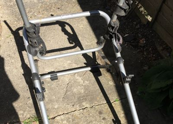 Halfords Universal bicycle carrier  - 1