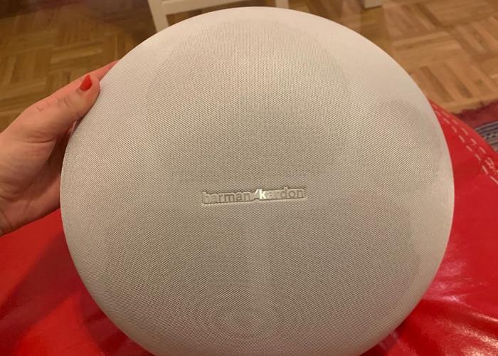 Rent Harman Kardon Onyx Studio 4 Wireless Bluetooth Speaker White in New  York