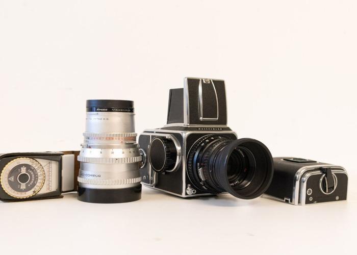 Hasselblad C500 Medium Format with operator - 2