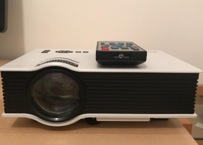 HD Ready Projector - 1