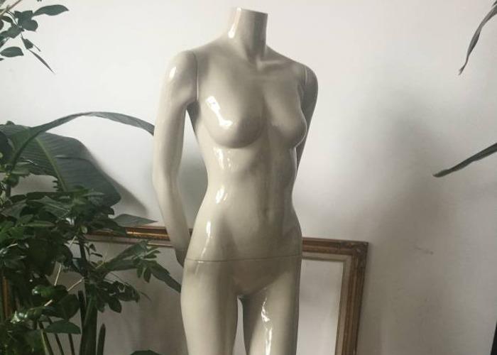 High-end Mannequin by Bonaveri - 1