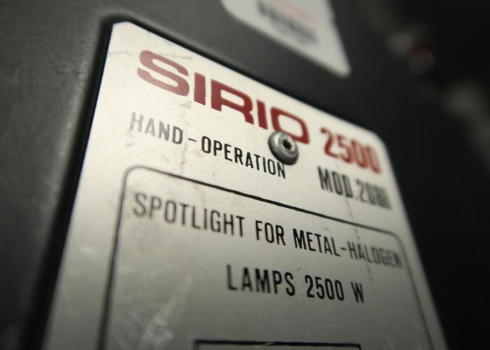 HMI 2.5k Strand Sirio 2 with silent ballast - 2