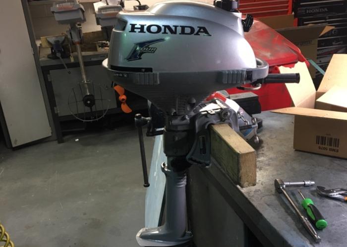 Honda 2.3 outboard  - 2
