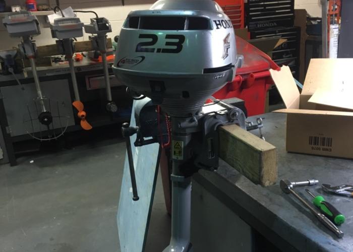Honda 2.3 outboard  - 1