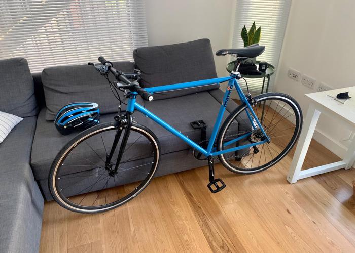 Hybrid/Road Bike - 1