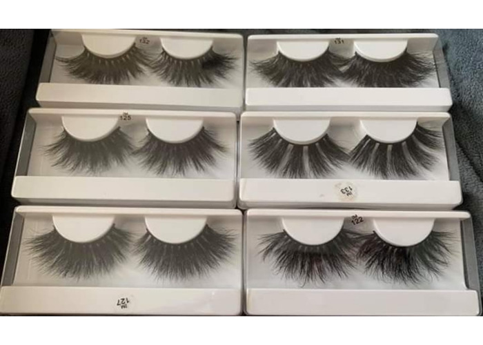 I have lashes 15$ for sale. - 1