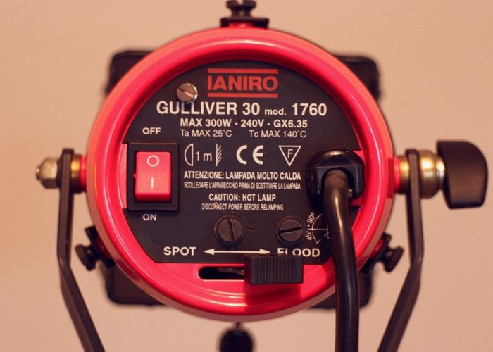 IANIRO Gulliver 300w Halogen continuous lighting kit - 2