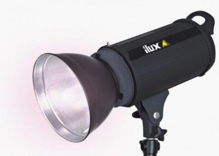 iLux™  RD 300 Studio Flash Head - 1