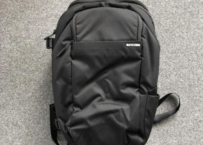 Incase DSLR Pro Pack Camera Backpack - 1