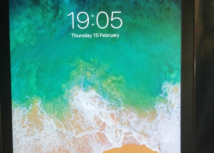 iPad Air - 16GB Space Grey - 2