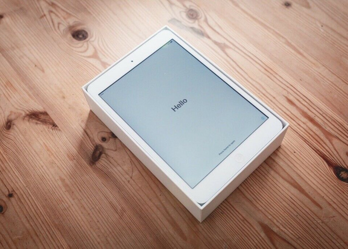 iPad Mini 2 - 16GB - Wifi - White (Like new) - 1