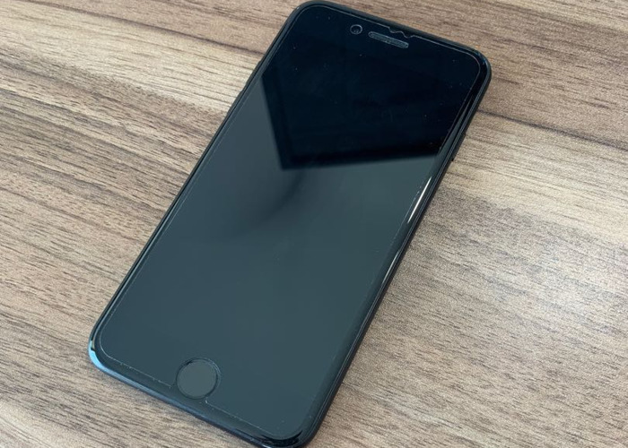 Rent iPhone 7 256gb unlocked to any network in Perivale
