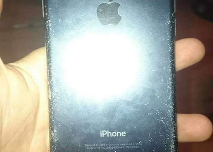 iPhone 7 black 32 gb  - 2