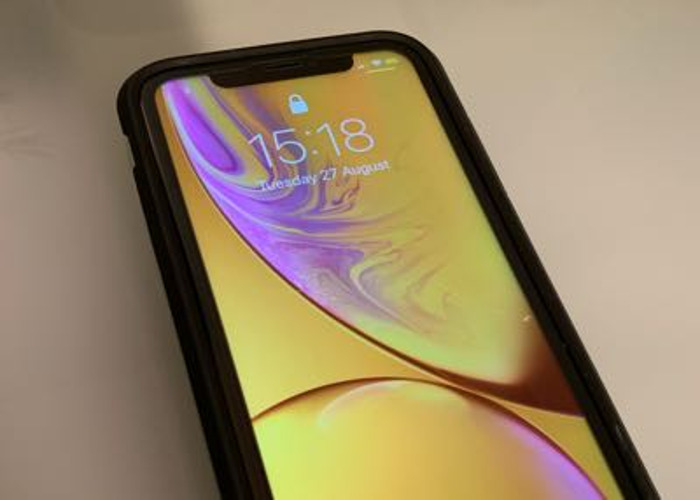 iPhone XR 256GB (Yellow) - 1