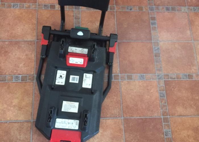 Isofix car seat  - 1