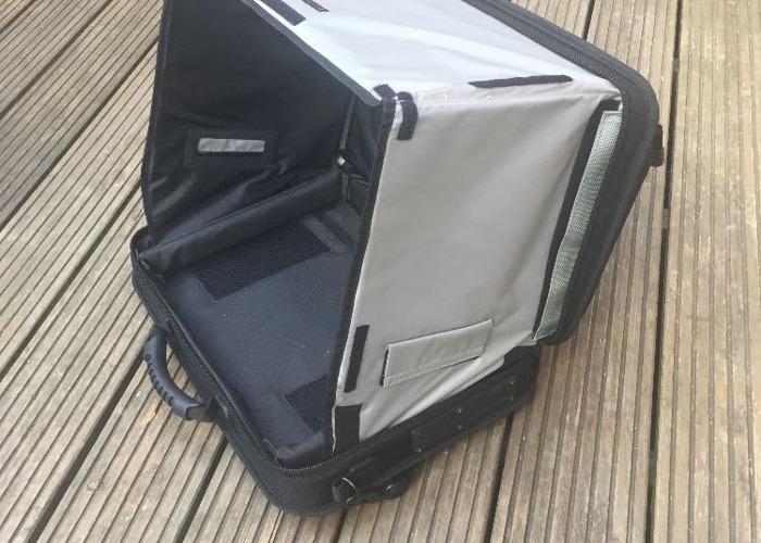d9378ff7e682 Rent I-Visor LS Pro Laptop Case + Tripod in London