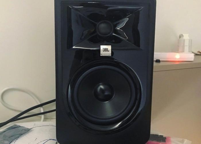 JBL 305 MKII Studio Monitors Pair - 2