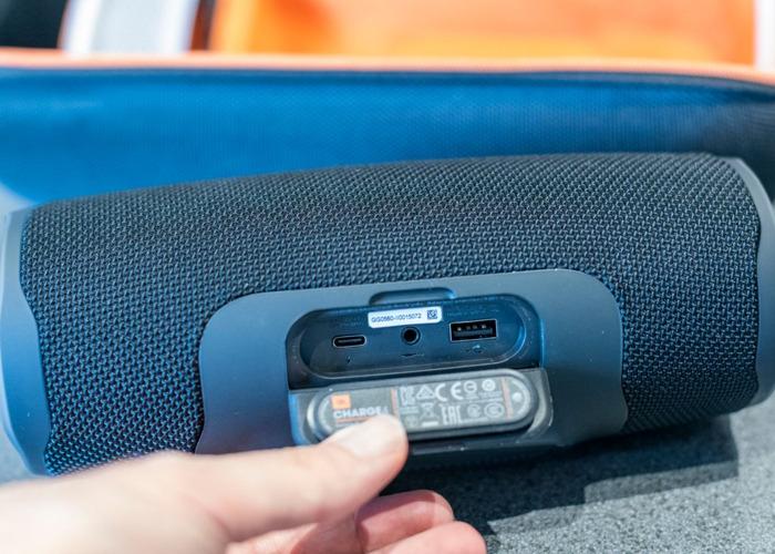 JBL Charge 4 portable waterproof bluetooth speaker - 2