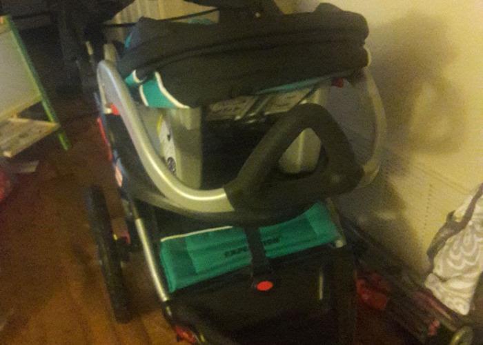Jogger stroller - 2