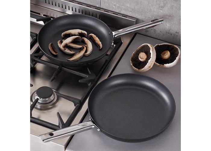 Judge non stick 26cm diameter frying pan - 2