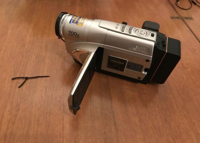 JVC VHS camcorder  - 2